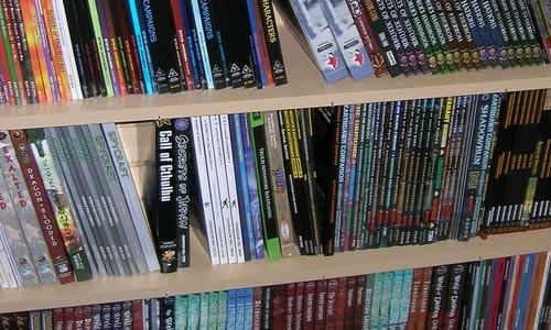 Montones y montones de libros roleros