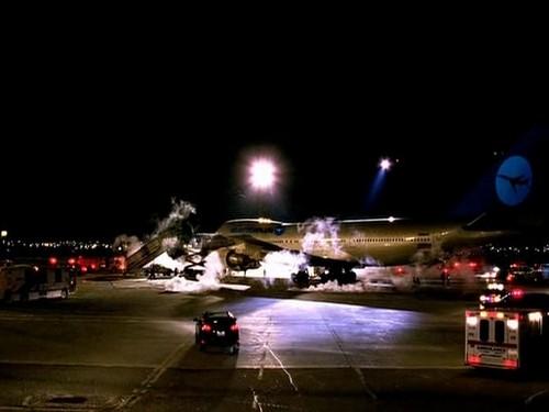 Fringe-avion.jpg