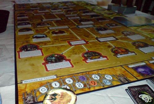 Arkham Horror: Tablero dispuesto