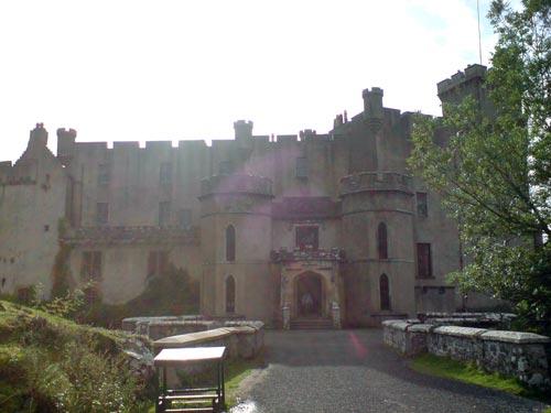 Dunvegan Castle, sede del auténtico Clan MacLeod