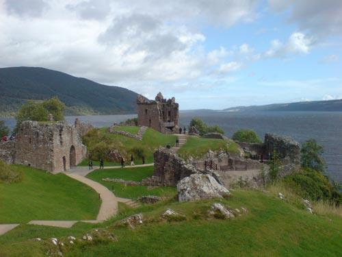 Urquhart Castle, junto al Loch Ness